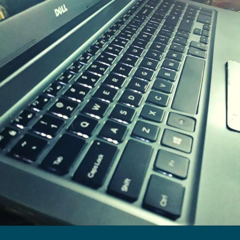 Notebook Dell Inspiron 15 pulgadas - 1
