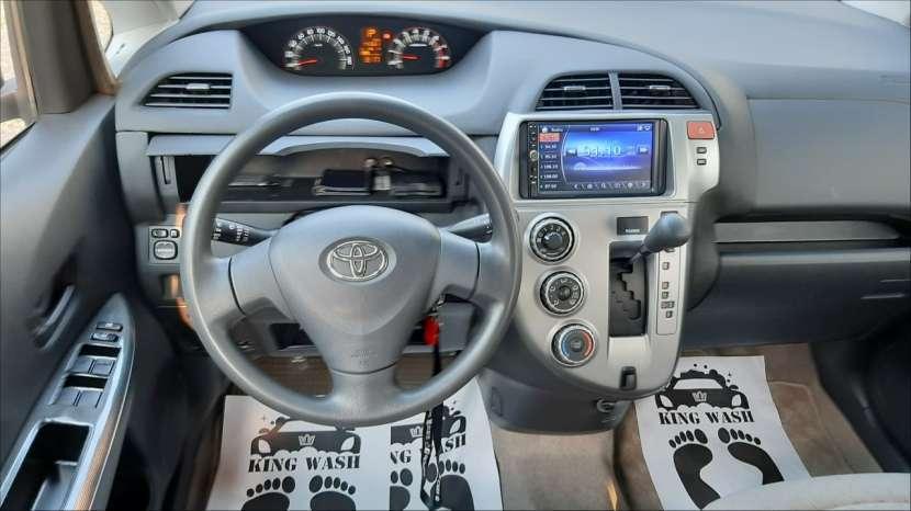 Toyota Ractis 2006 - 0