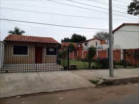 Casa en Barrio Republicano Zona UCA