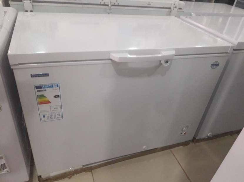 Congelador Goodweather 310 lts - 0