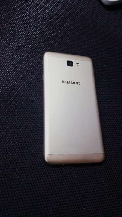 Samsung Galaxy J7 Prime de 16 gb - 1