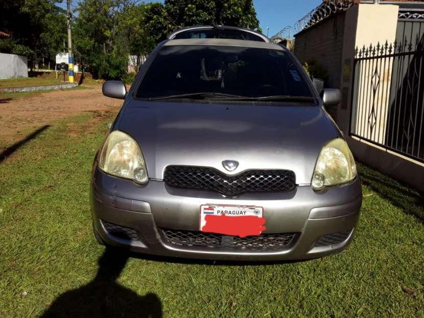Toyota Vitz 2004 - 0