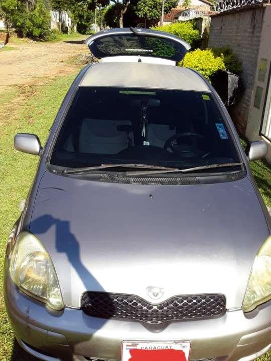 Toyota Vitz 2004 - 1