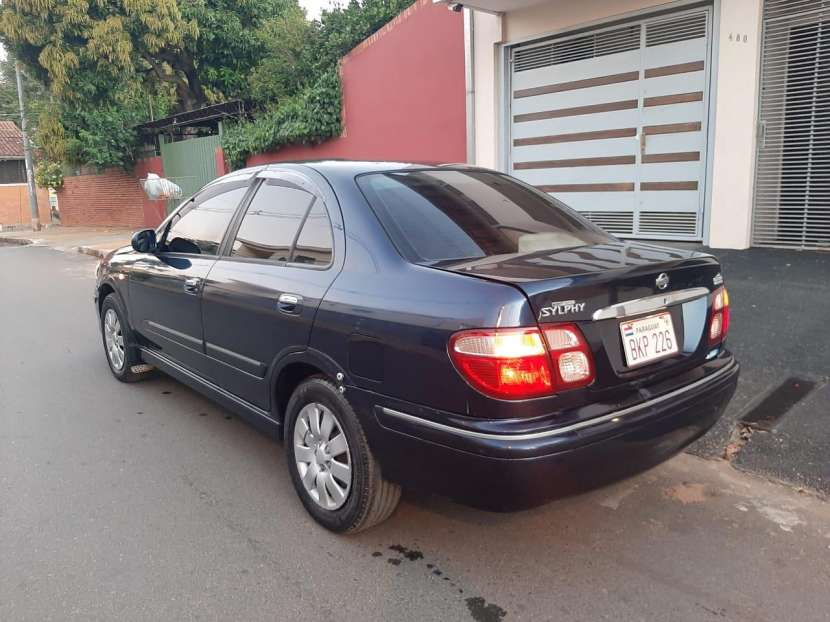 Nissan sylphy 2002 - 5