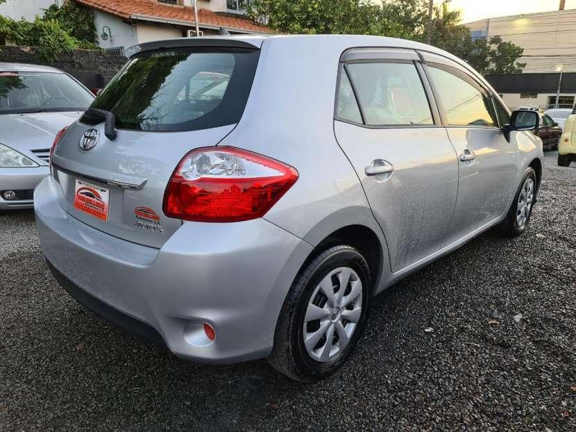 Toyota Auris 2010 - 5