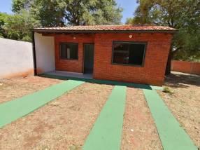 Casa a estrenar en Ñemby Salinas F3278