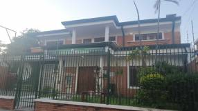 Casa en Asunción zona Club Centenario COD 0252