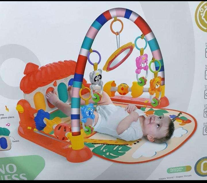 Gimnasio de Bebé con piano + Accesorios - 0