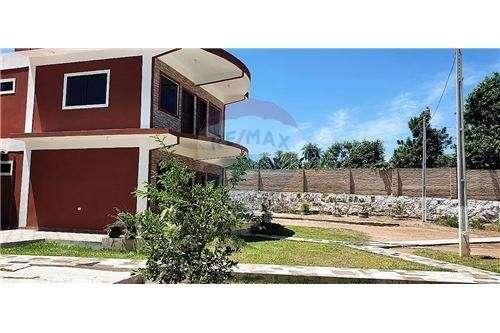 Casa quinta en Arroyos y Esteros - 2