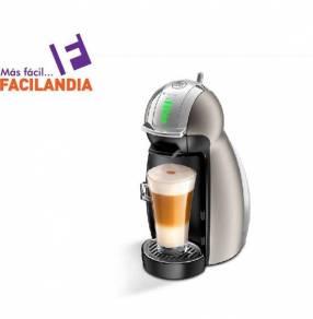 Cafetera Dolce Gusto Moulinex Genio básico + adaptador