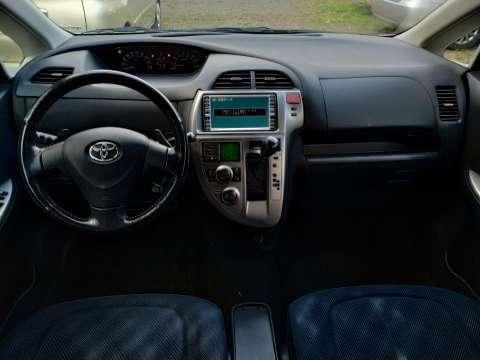 Toyota Ractis 2005 - 6