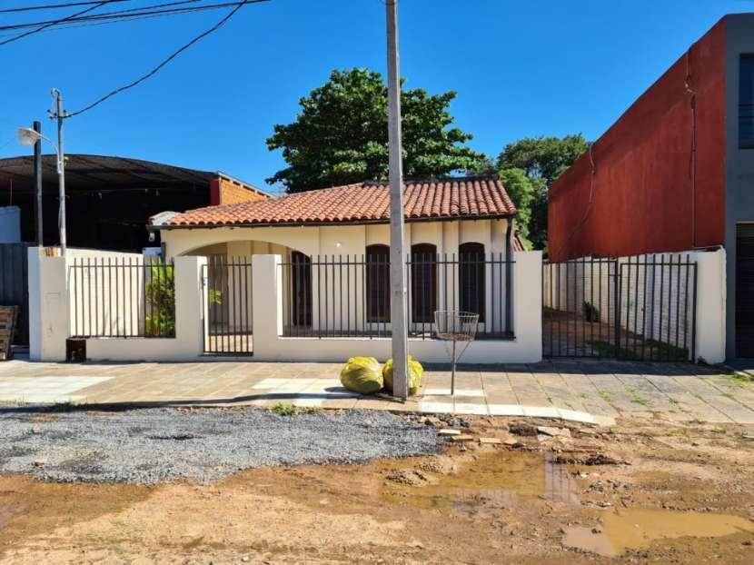 Alquilo casa en Lambaré Barrio Valle Apu'a - 0