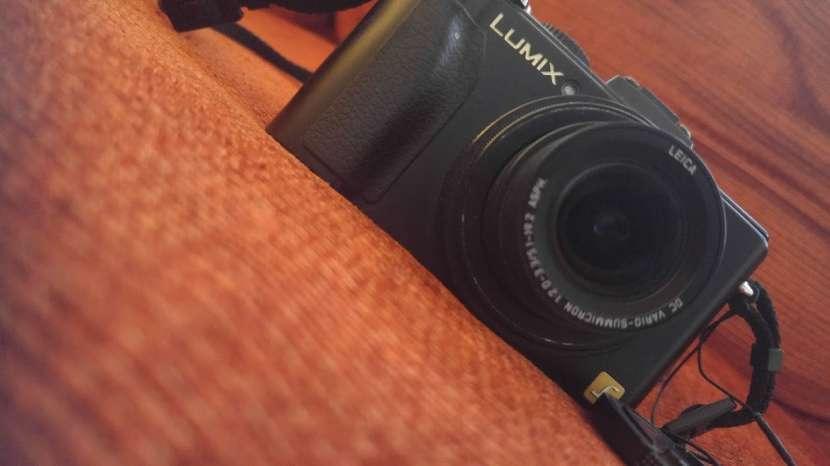 Cámara Panasonic Lumix DMC-LX5 usada - 1