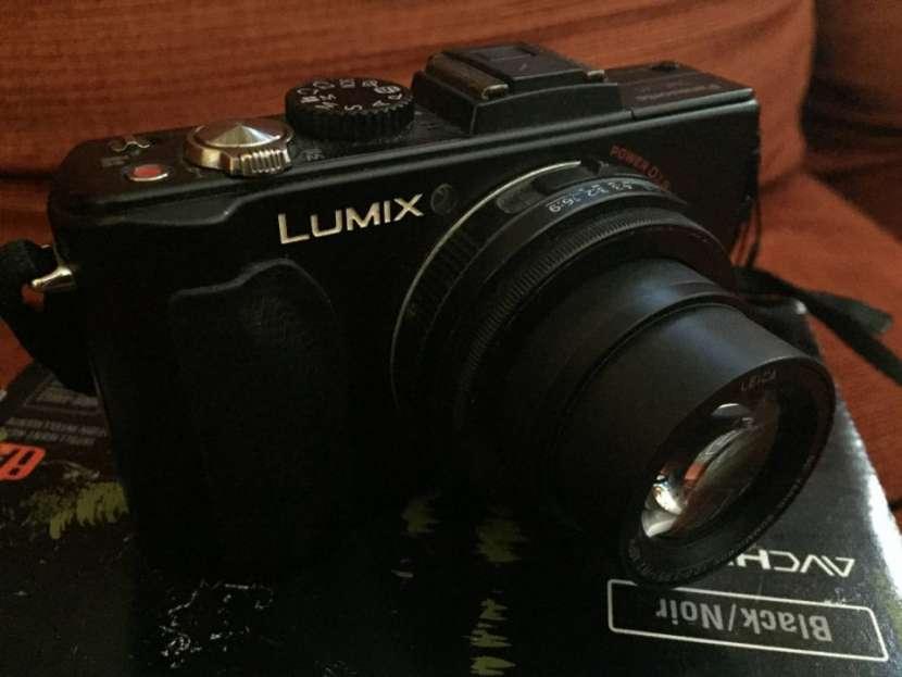 Cámara Panasonic Lumix DMC-LX5 usada - 2