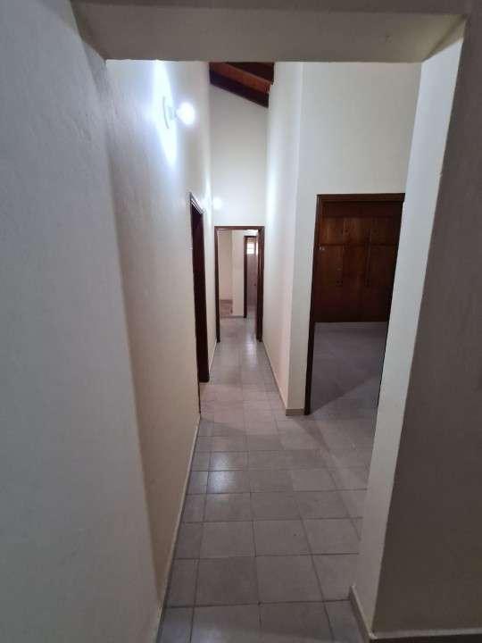 Alquilo casa en Lambaré Barrio Valle Apu'a - 2