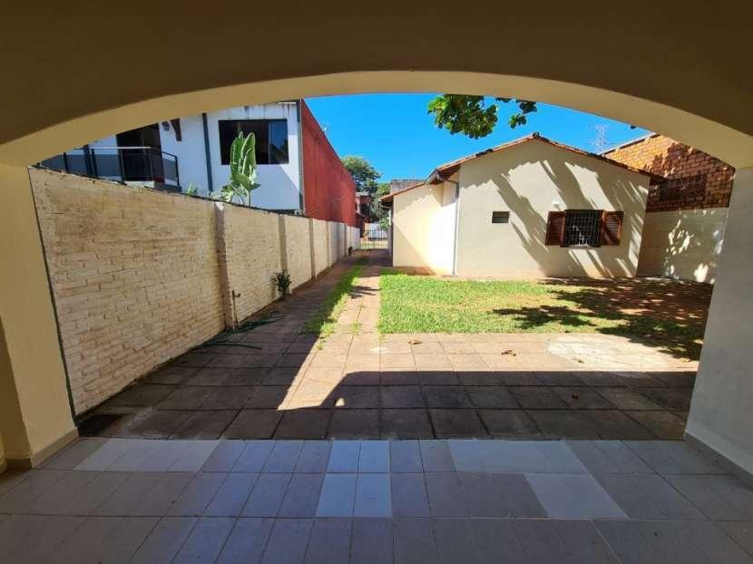 Alquilo casa en Lambaré Barrio Valle Apu'a - 3
