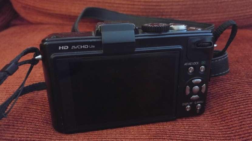 Cámara Panasonic Lumix DMC-LX5 usada - 6