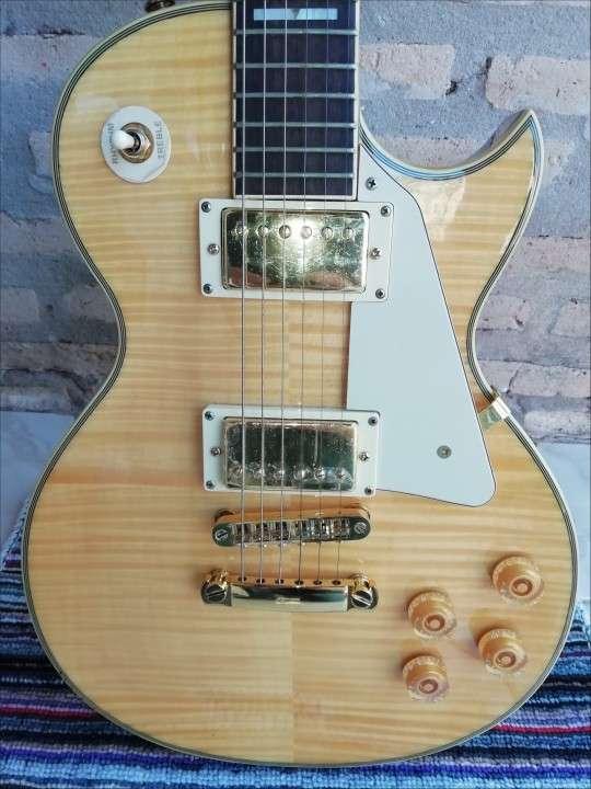 Guitarra eléctrica Crimson - 1