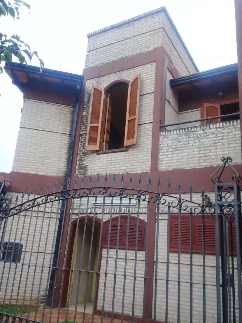 Casa de 2 plantas en Ñemby - 0