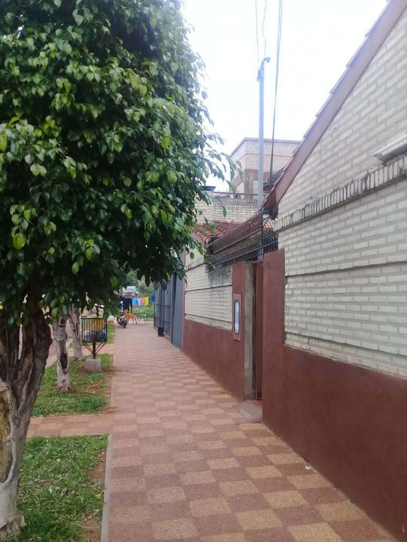Casa de 2 plantas en Ñemby - 1