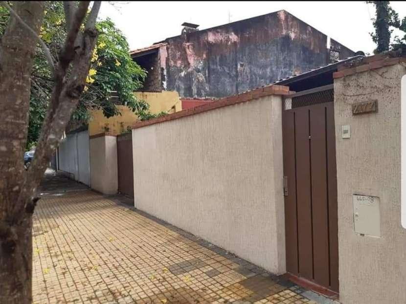 Casa en barrio Ycua Sati - 1