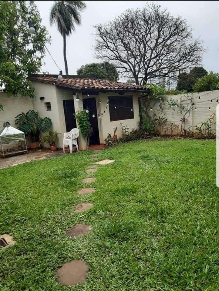 Casa en barrio Ycua Sati - 2