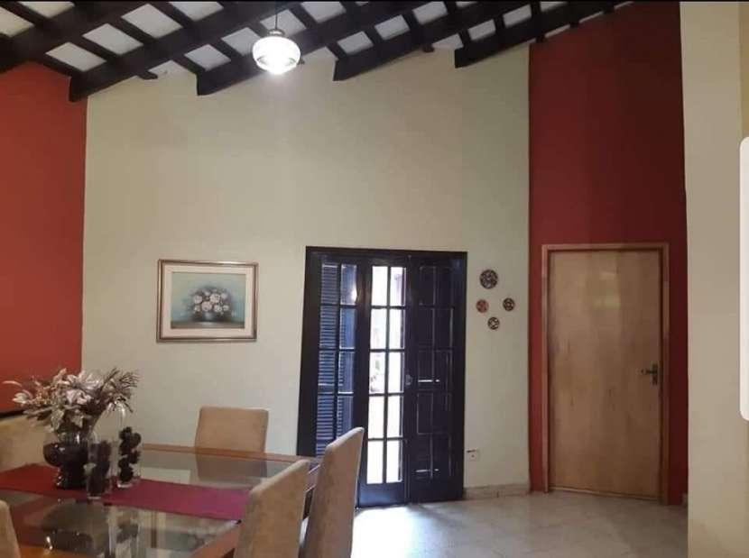 Casa en barrio Ycua Sati - 5