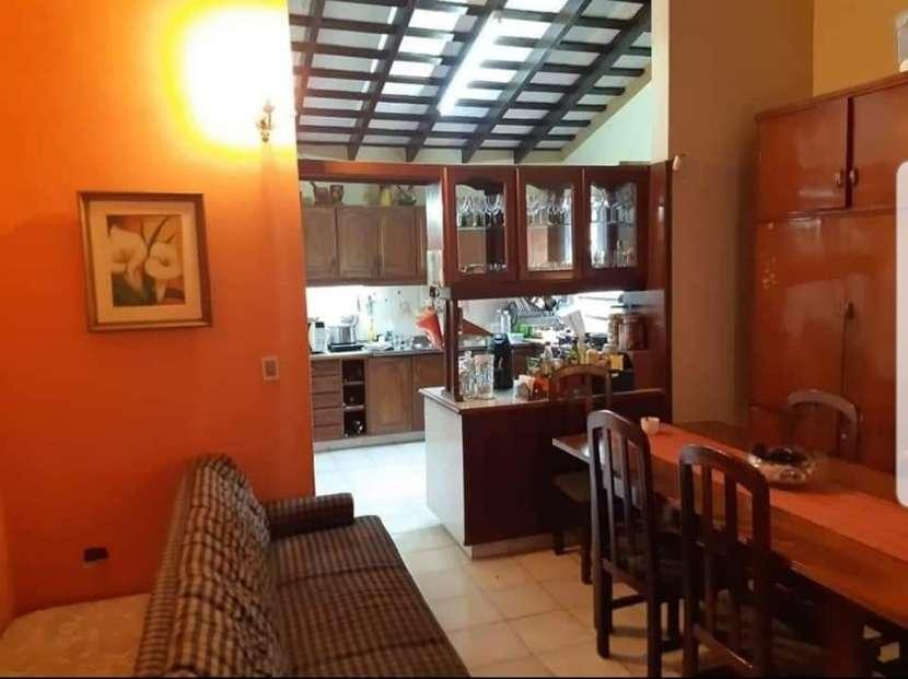 Casa en barrio Ycua Sati - 8