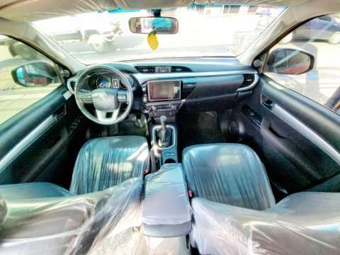 Toyota Hilux 2018 - 5