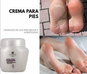 Crema hidratante para pies resecos. Elimina callos.