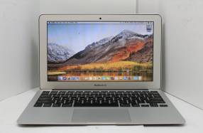 MacBook Air 11 pulgadas i5 4GB RAM SSD 64 GB 2012