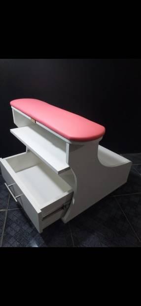 Gabinete de pedicura con altura regulable