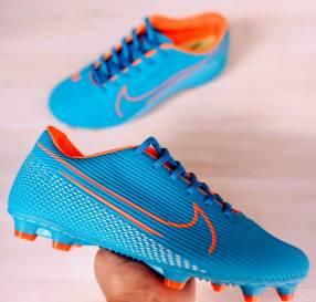 Botín Nike calce 38 al 43