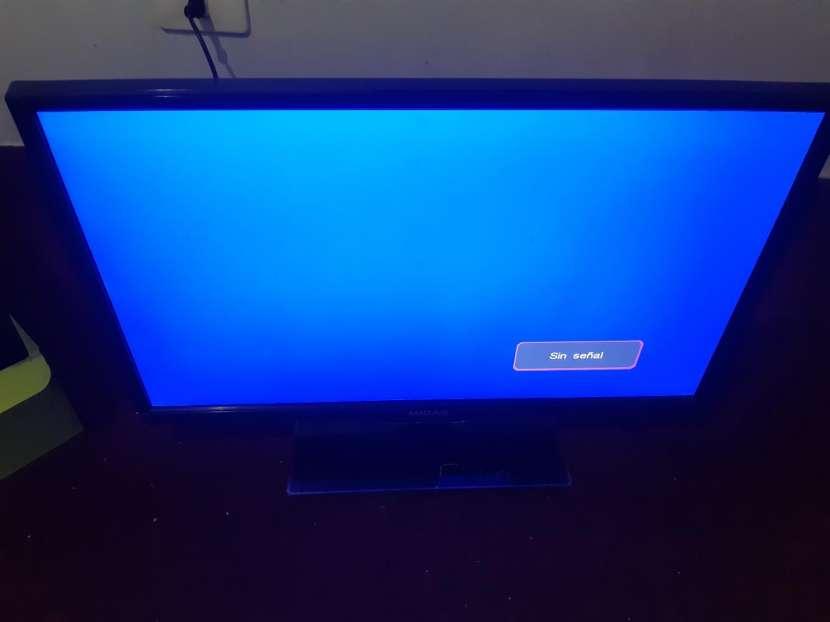 TV LED de 24 pulgadas - 0