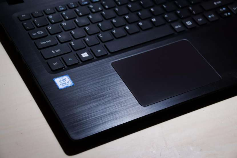 Notebook Acer Aspire 3 Core i3 7ma generación - 2