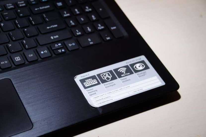 Notebook Acer Aspire 3 Core i3 7ma generación - 3