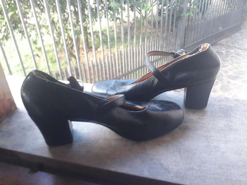 Zapato de español para la danza - 0