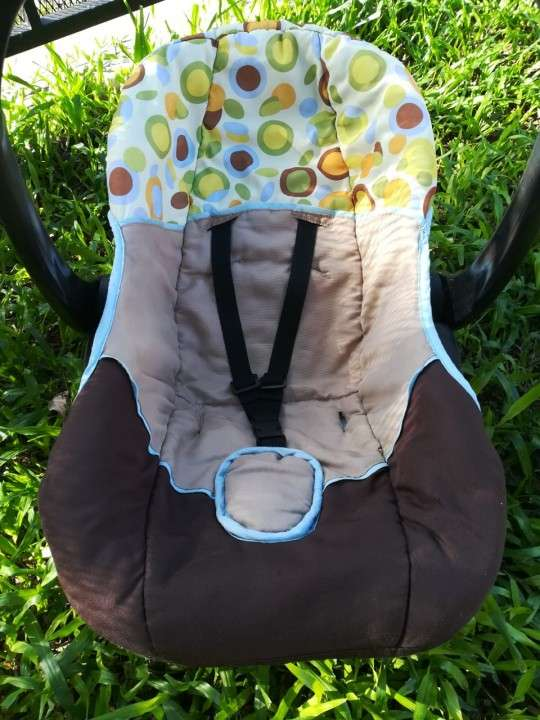 Asiento para bebé - 1