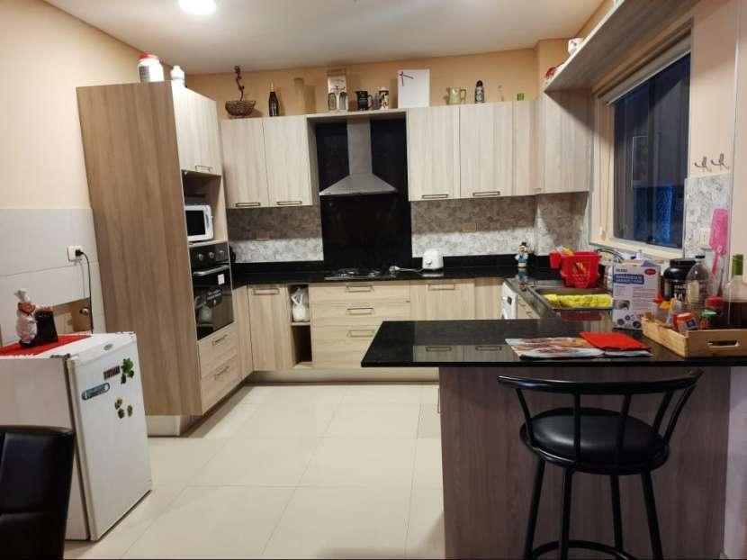 Casa de 6 dormitorios en Lambaré - 5