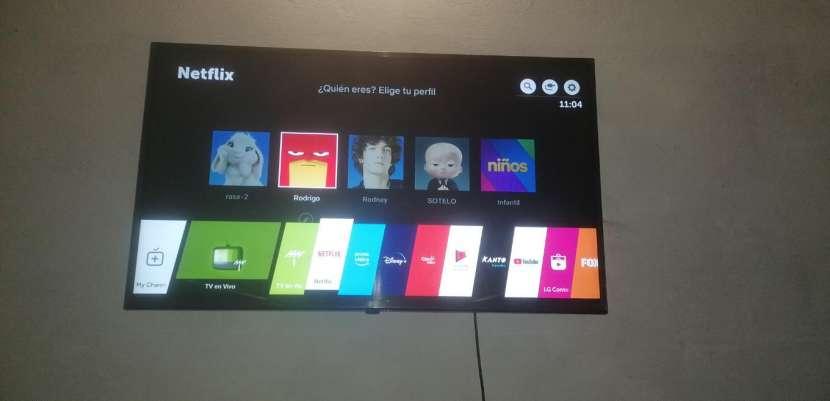 TV LG de 43 pulgadas - 1