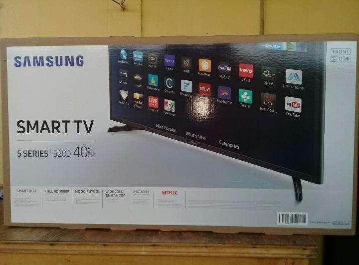 Smart tv Samsung 40 pulgadas - 0