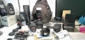 Cámara Canon T2i EOS 550 más kit completo