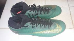 Botín Nike CR7