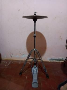 Pedestal Yamaha