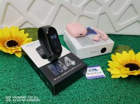 Smartwatch y auricular i12 a bluetooth
