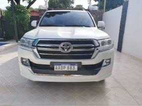 Toyota Land Cruiser VX 2020