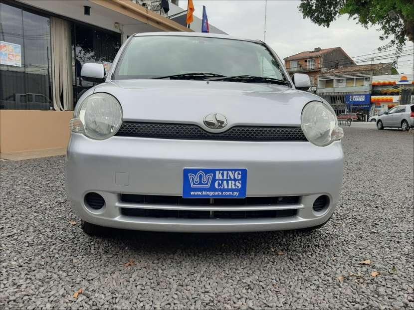 Toyota Sienta 2004 - 6