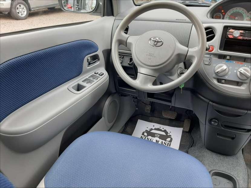 Toyota Sienta - 6