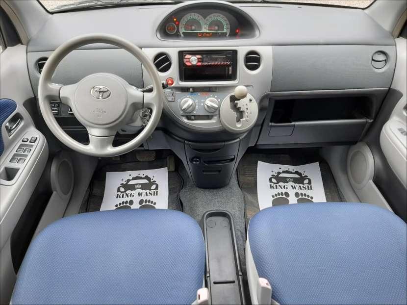 Toyota Sienta - 4