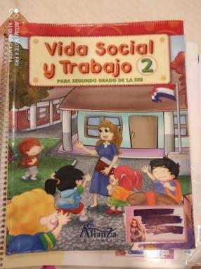 Libros escolares en buen estado